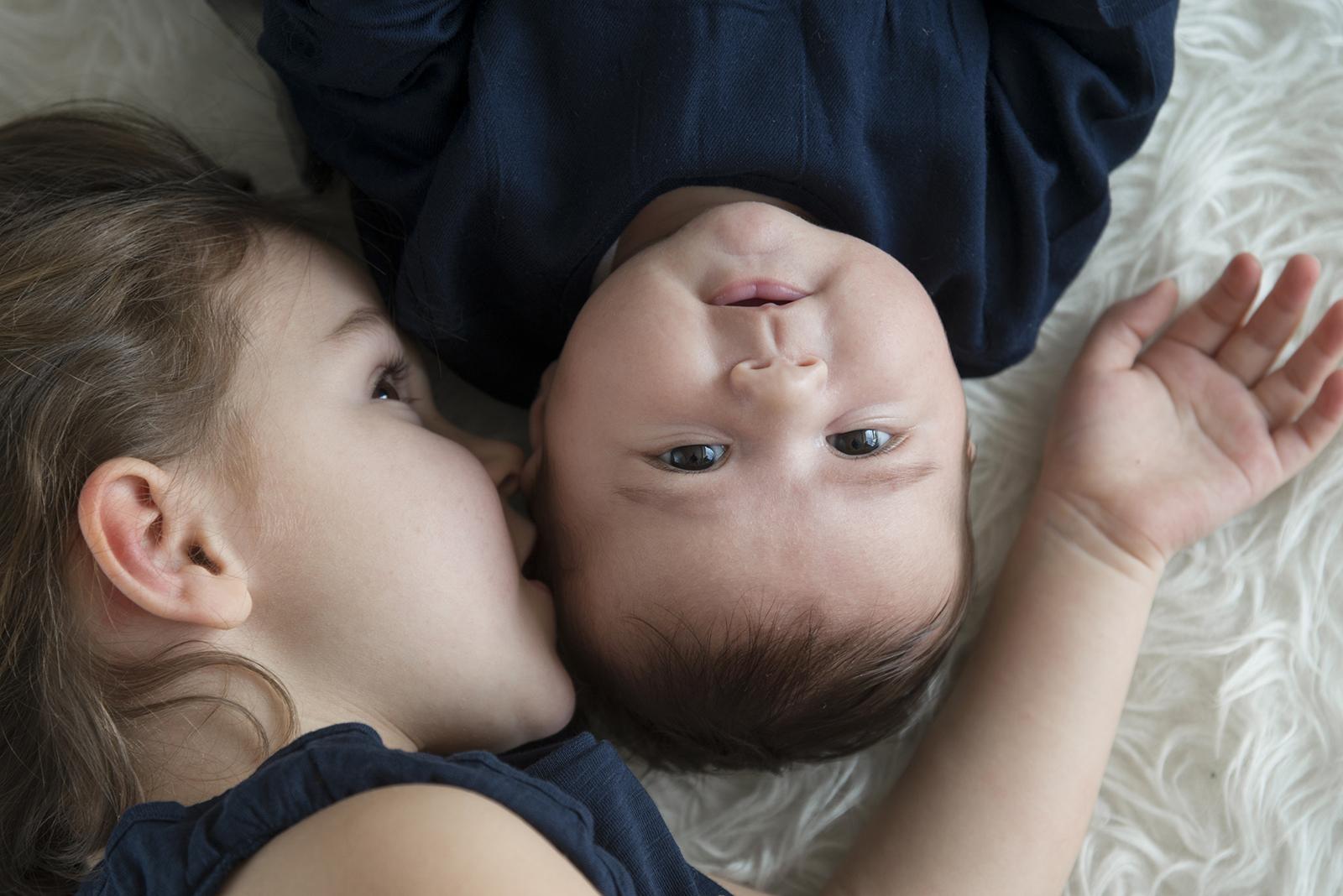 soeur et bébé