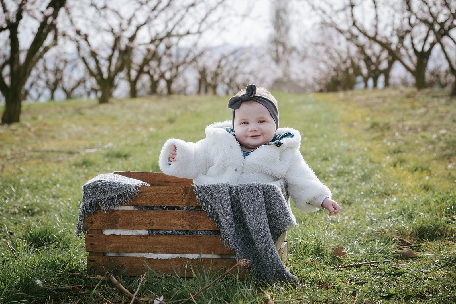 Petite fille en hiver