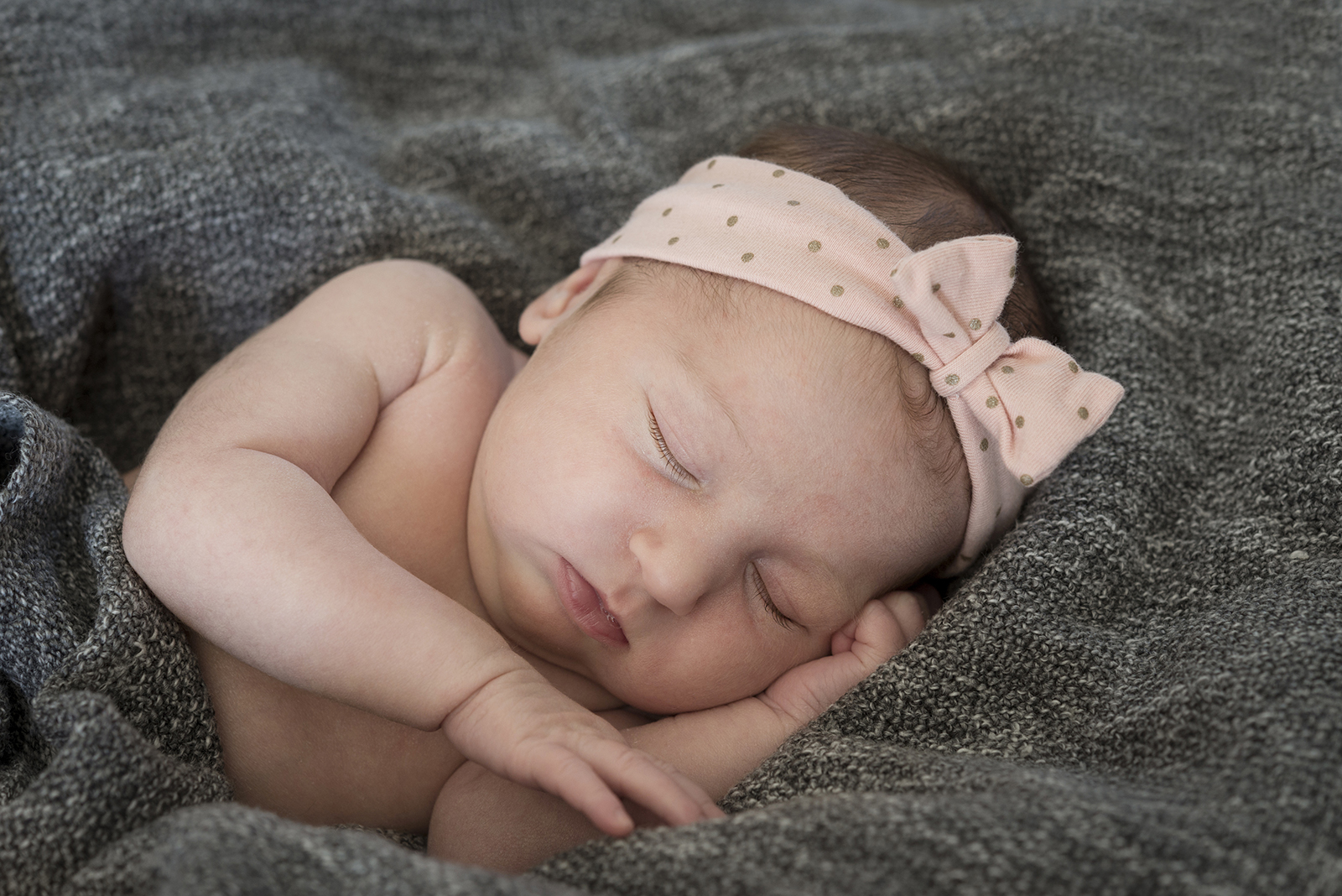 bébé fille endormie