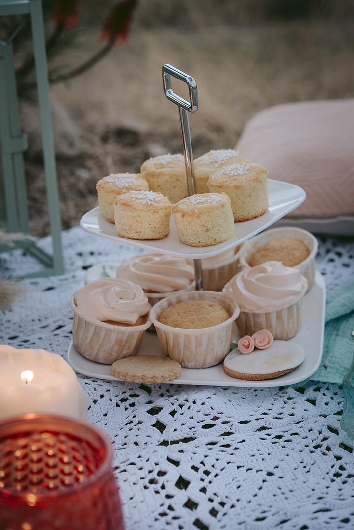 wedding cup cake
