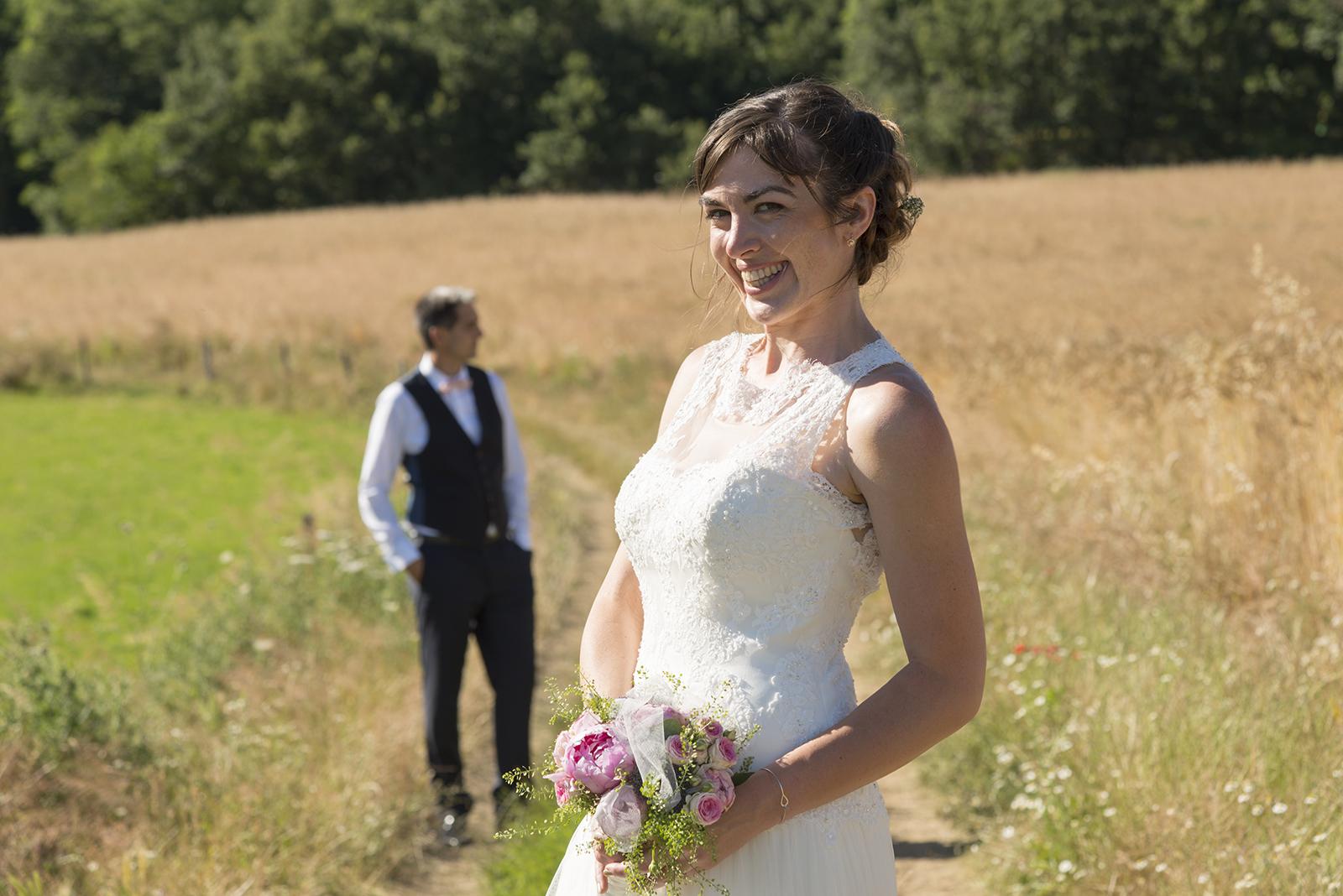 mariés sur un chemin à saint felicien