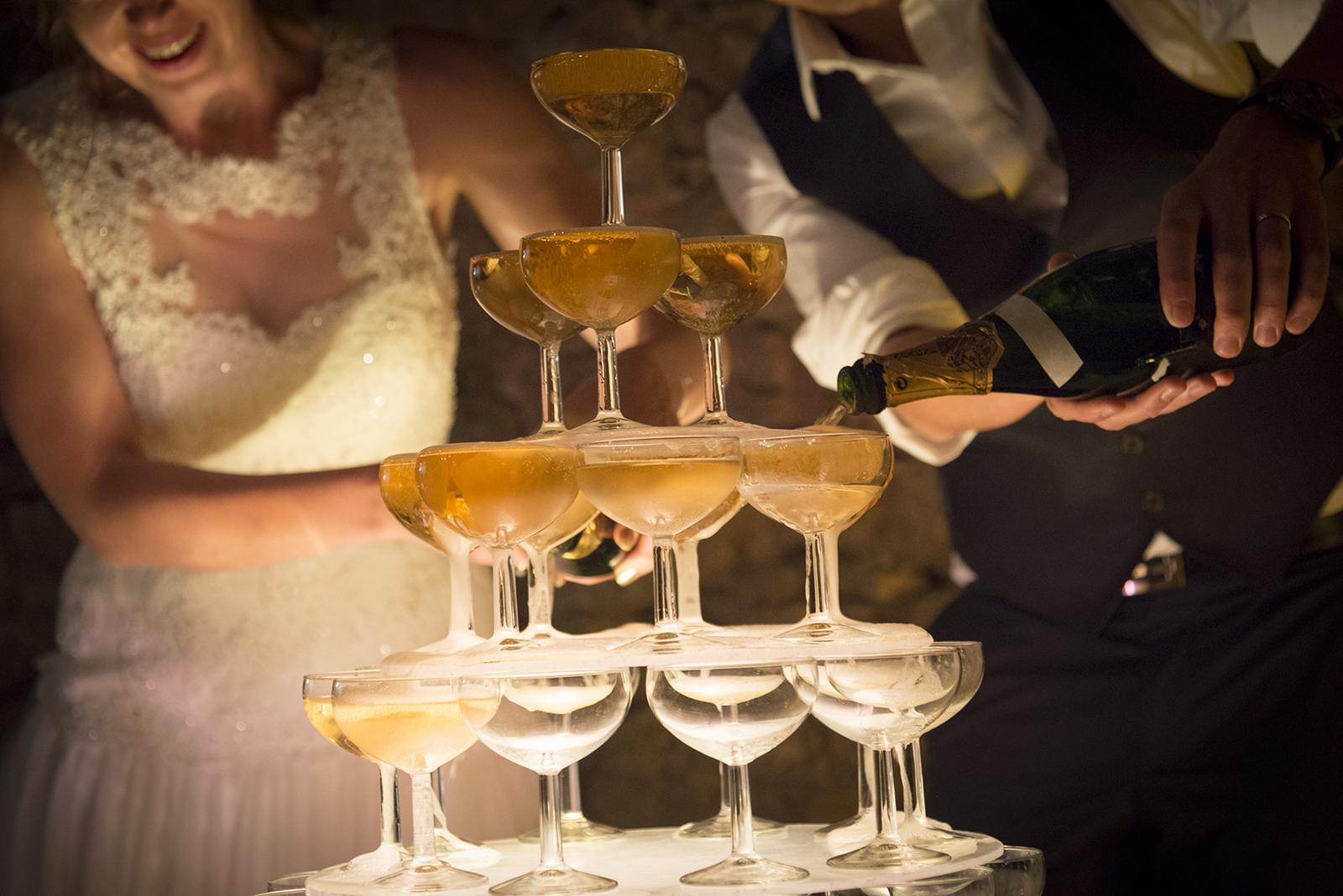 cascade de champagne mariage