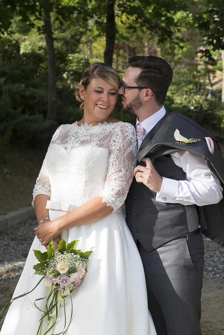 couple mariés au château des Gaudras à Roiffieux