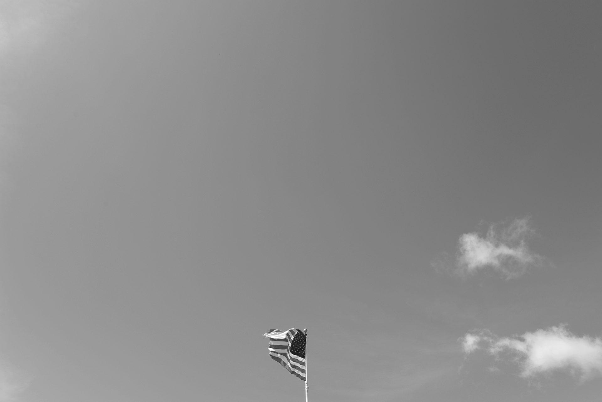 ciel vide drapeau americain