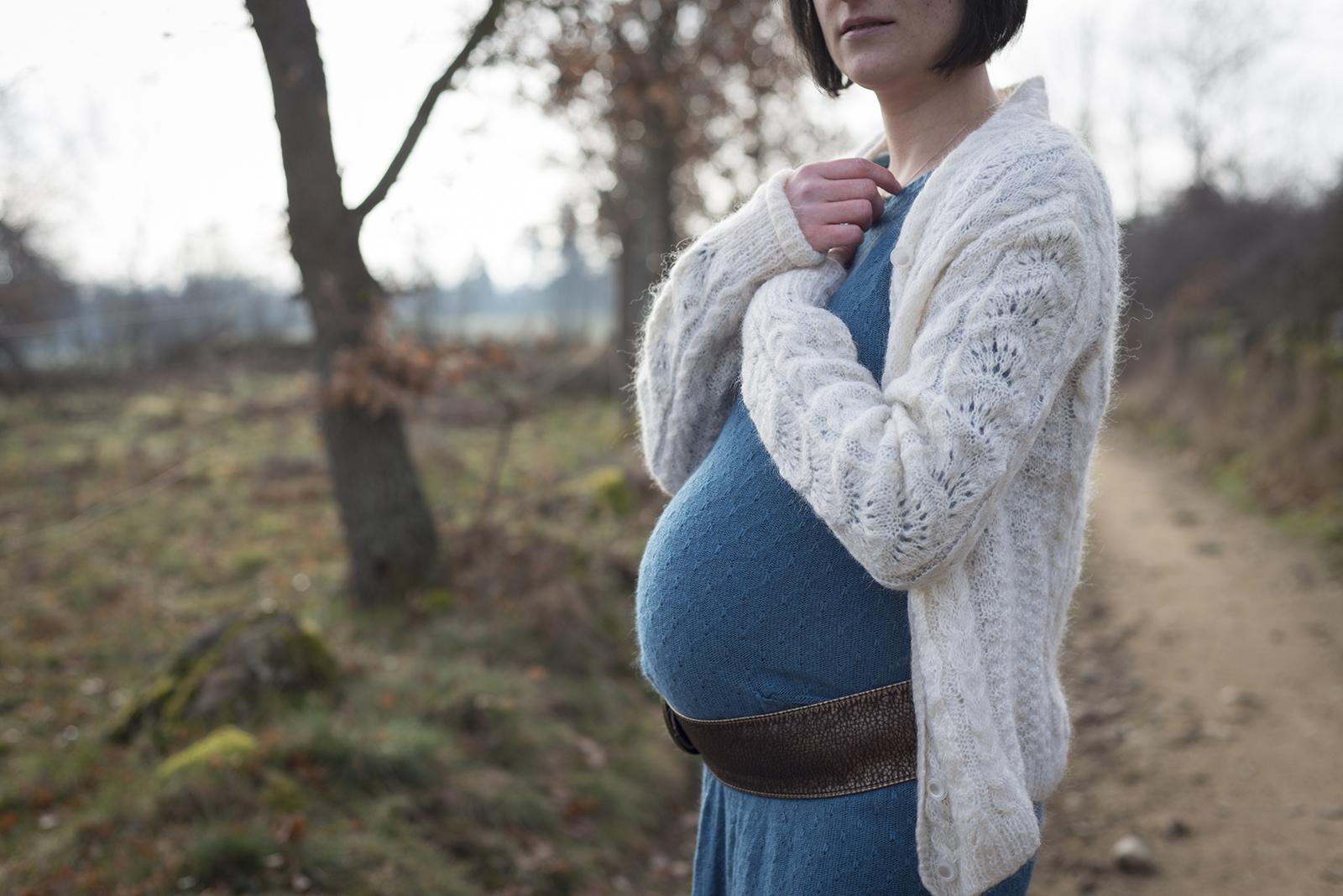 femme enceinte en hiver