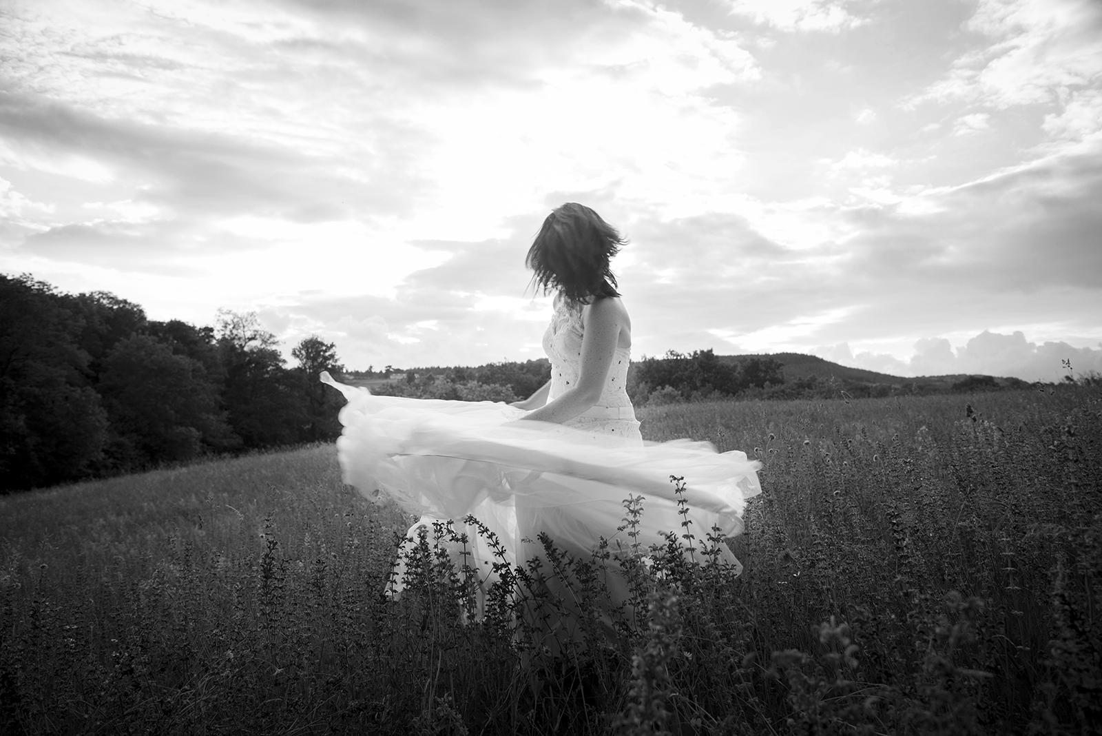 mariée qui danse