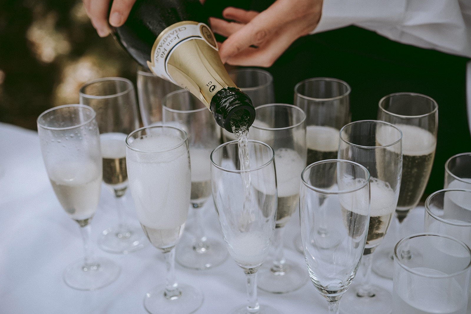 champagne et coupes